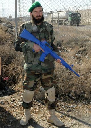 kabul afghanistan 2011. Walker KABUL, Afghanistan