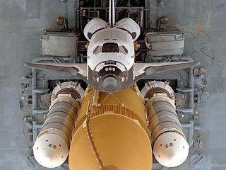 NASA+Atlantis+undocking_1844_800-600+480