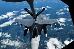 KC-135 F-16