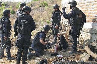 Ap_mexico_drugs_guns_480_28may2011